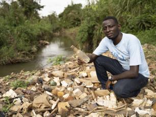 Trash near the river Mpanga in Uganda