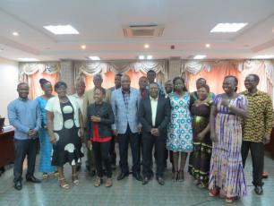 Participants d'atelier d'information sur la mise en œuvre du processus d'élaboration des plans stratégiques en Burkina Faso