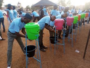 Handwashing during Global Handwashing Day in Ouagadougou